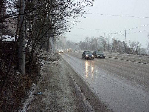 Paciuksenkadun jalkakäytävä Helsingissä