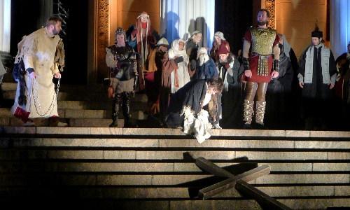 Barabbas, Jeesus ja Pontius Pilatus