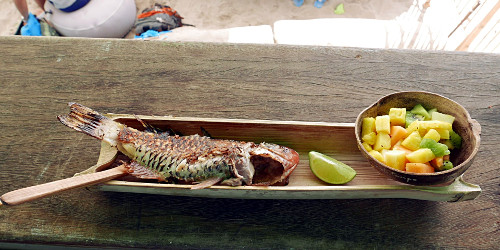 Kalaa ja hedelmiä, Guadeloupe