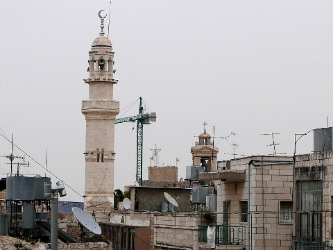 Minareetti ja kirkontorni, Bethlehem