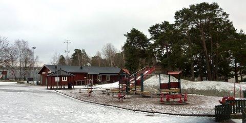 Leikkipuisto läntisessä Rinkebyssä