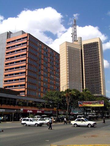 Korkeita taloja Nairobin keskustassa