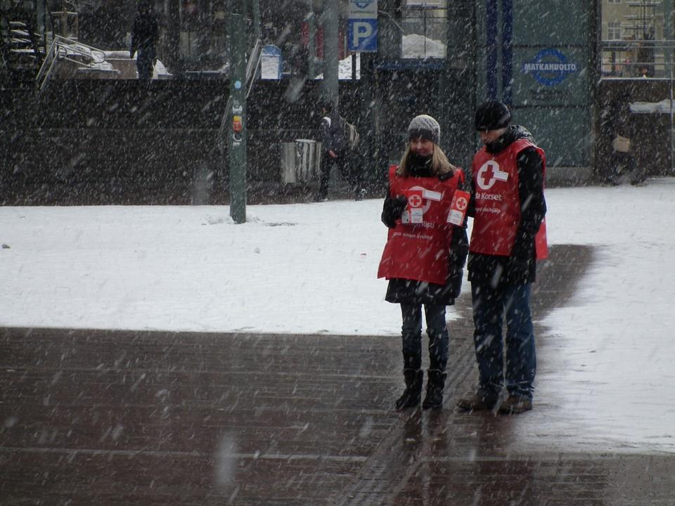 SPR:n rahankerääjät / Red Cross fundraisers