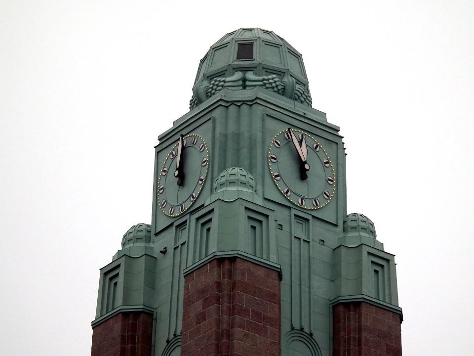Rautatieaseman kello / Railway station clock, Helsinki