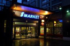 Alko ja S-Market vierekkäin