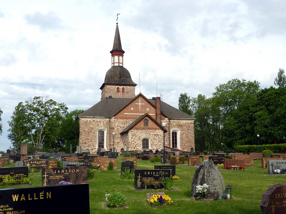 Jomala Church and cemetery