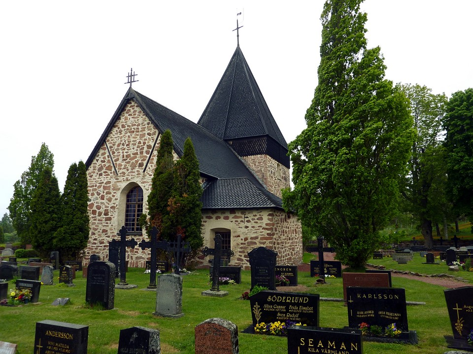 Eckerö church and cemetery