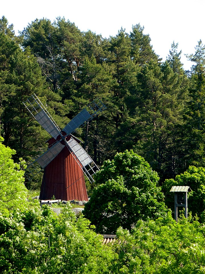 Windmill and milk ramp