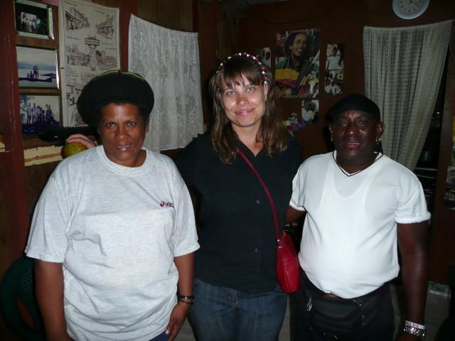 Claudia, Mari et Randolph