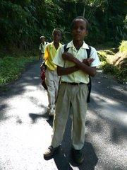 Koulupoikia Dominicalla
