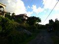 Maisons et chemin