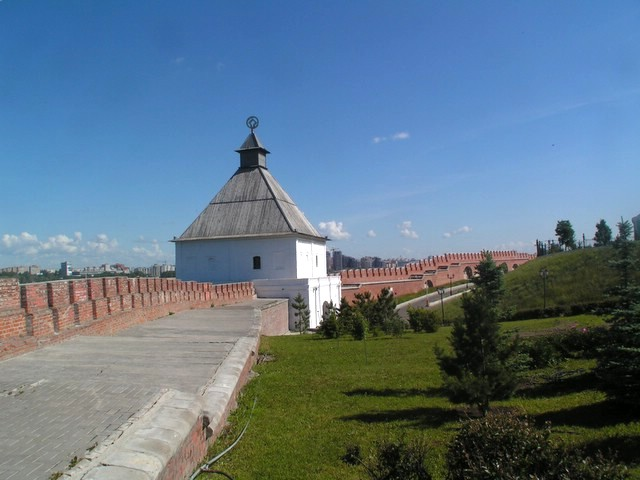 Tour Taïnitskaïa