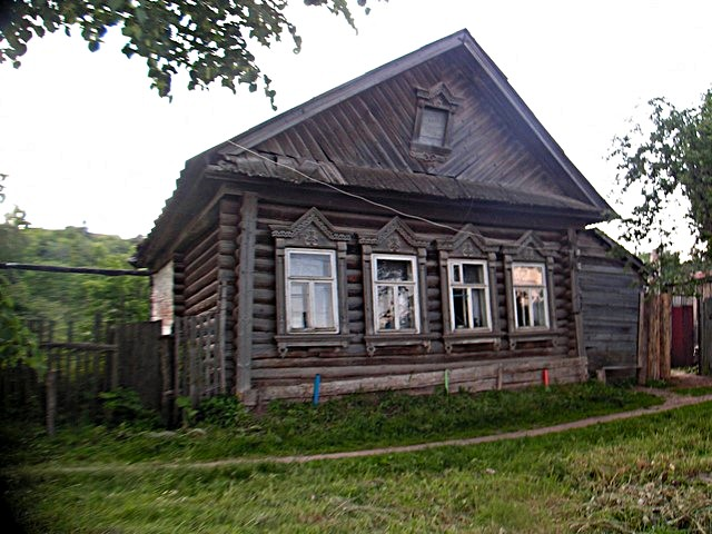 Mari log house
