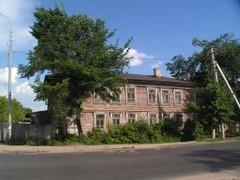 Vanha puurakennus