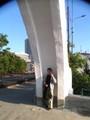 Amir under the arch