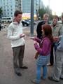Hanne essaie de vendre son mobile