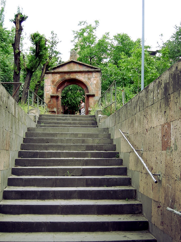 Gate of Zoravor Church