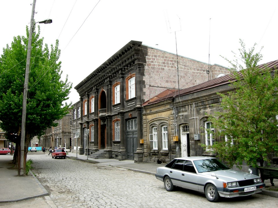 House with a black façade
