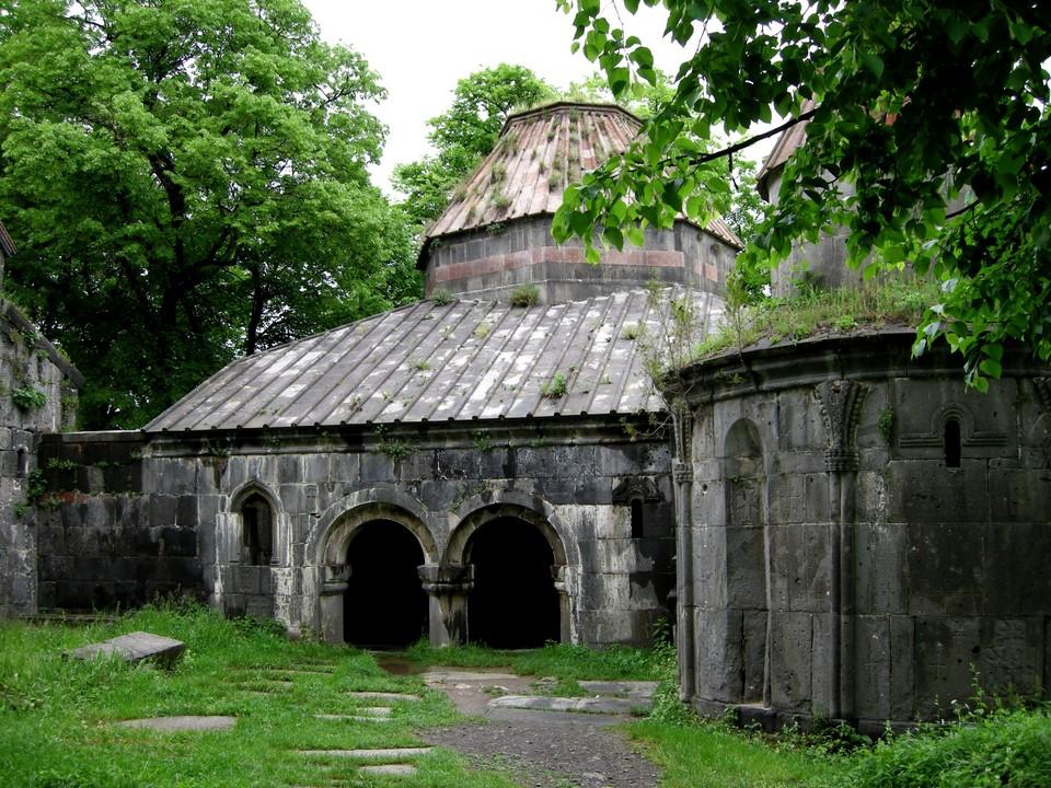 Sanahinin luostarin kirjasto (matenadaran)