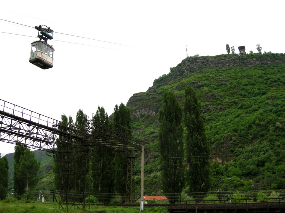Alaverdi to Sanahin ropeway and one of its cable cars