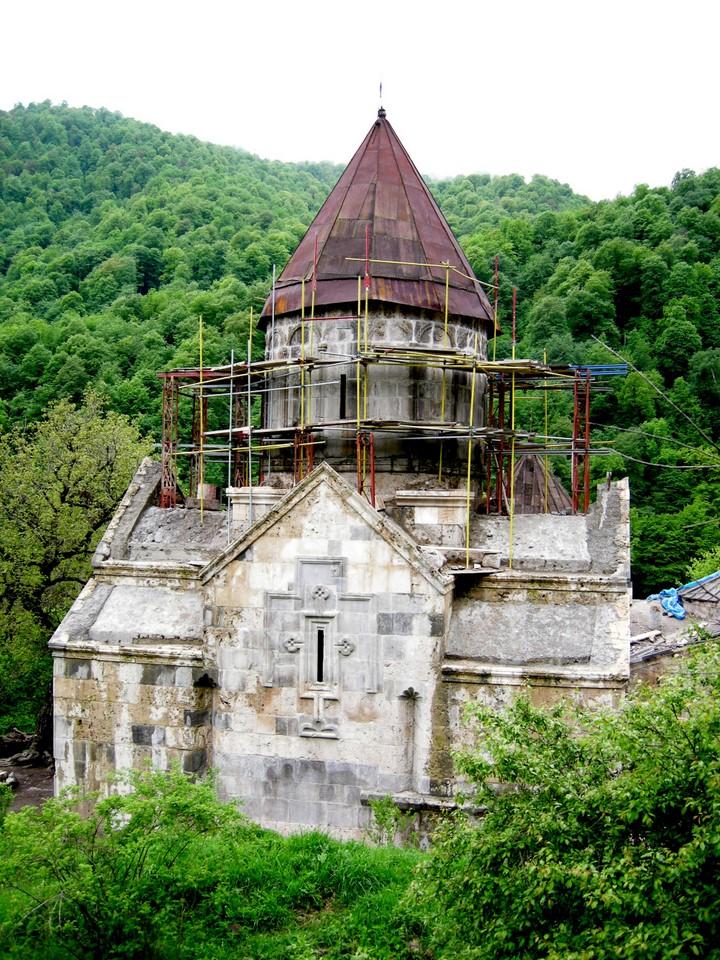 Another photo of St Astvatsatsin Church with scaffolding