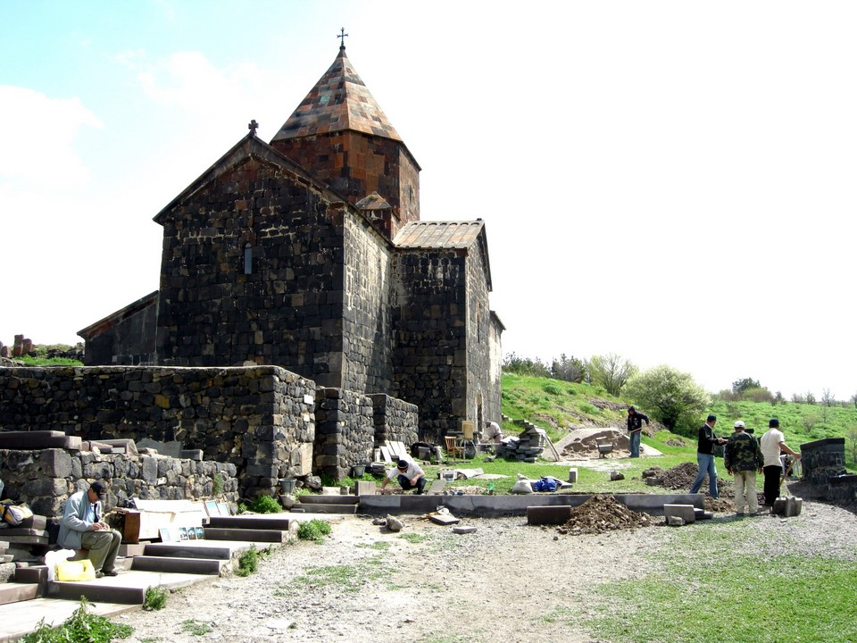Surb Arakelots is the upper church