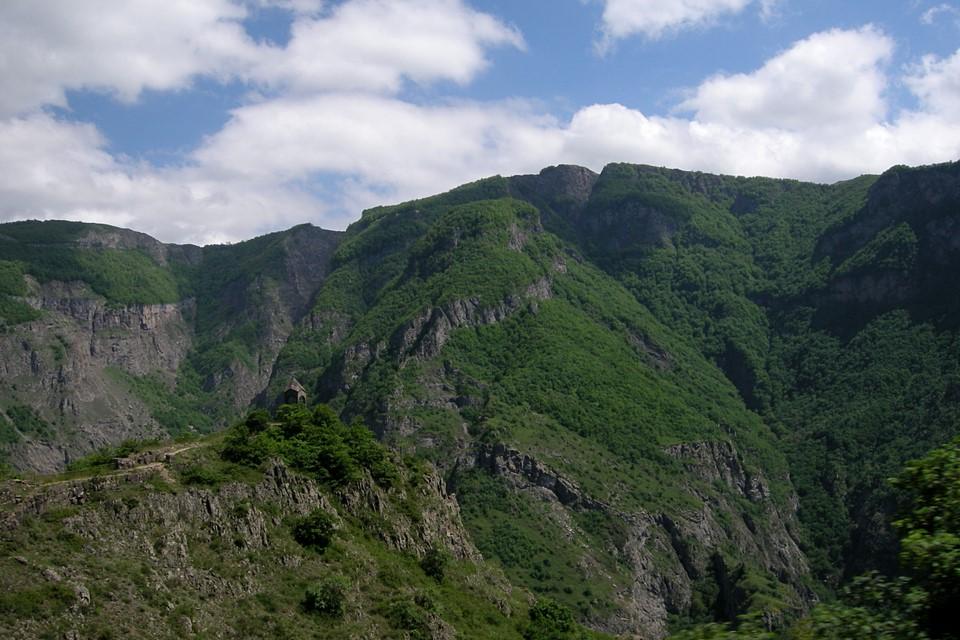 Montagnes pas loin de Tatev