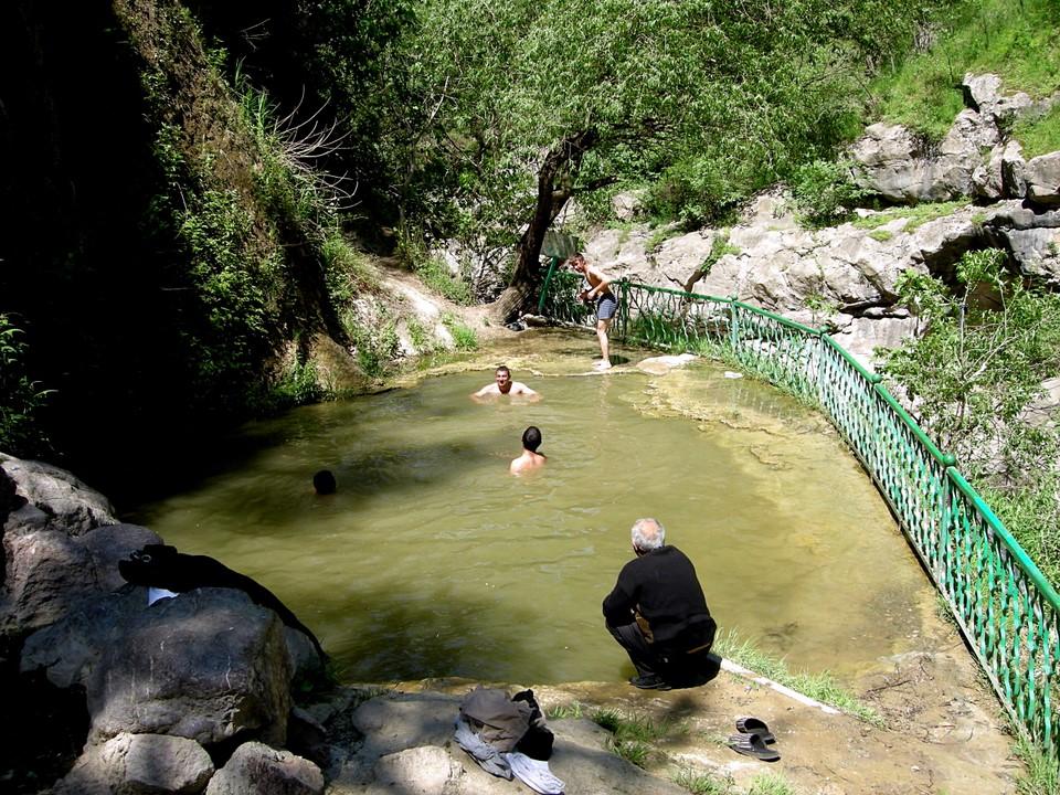 Ces piscines se trouvent près du Pont du Diable