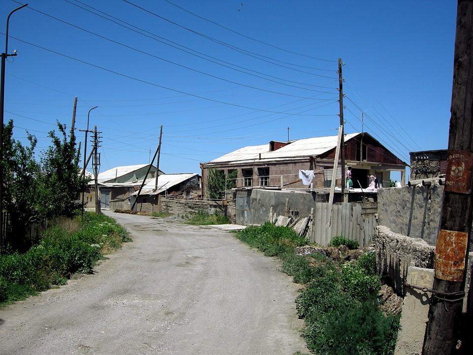 Houses at Pokr Vedi village