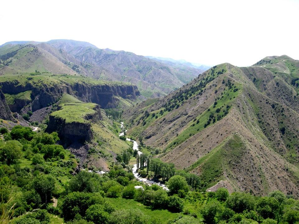 Vallée de la rivière Azat
