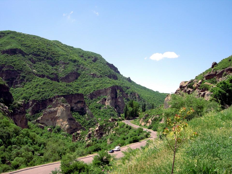 La route du monastère Geghard