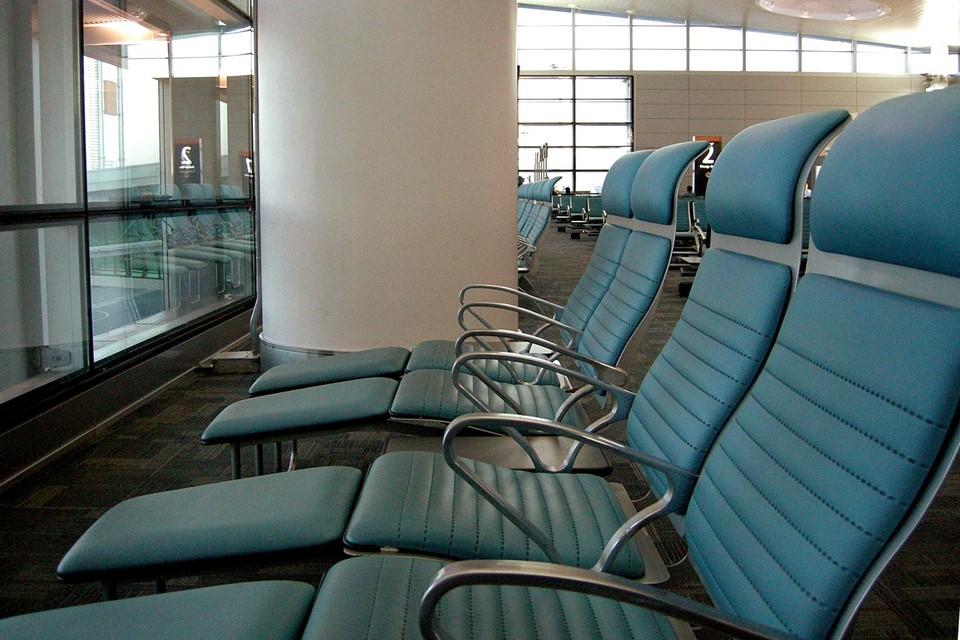 Sièges confortables de l'aéroport