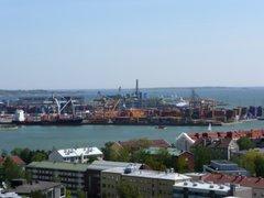 Jätkäsaaren satama oli silloin vielä toiminnassa