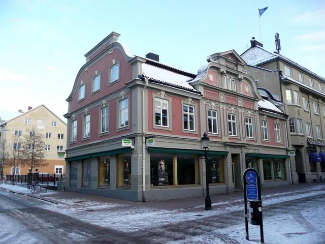 Specsavers and Handelsbanken