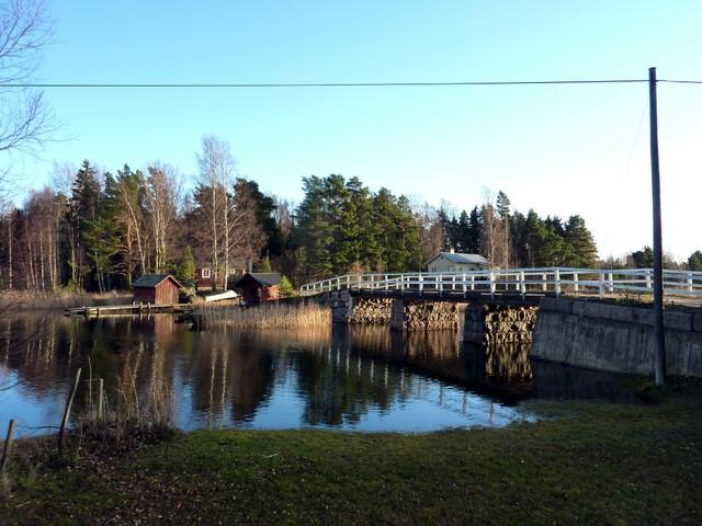 Pieni silta Porvoon Pellingissä