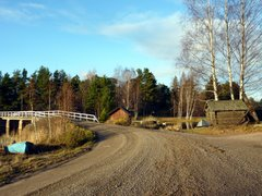 Dirt road and bridge in Pellinki, Porvoo