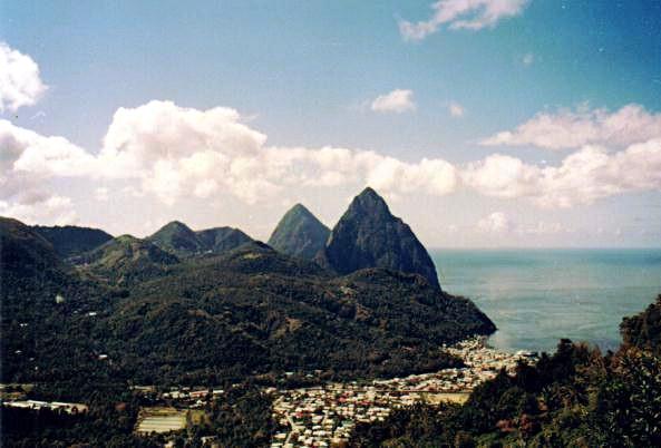 Piton-vuoret ja Soufrièren kaupunki, Saint Lucia