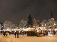 City Hall Square (Raekoja plats) and the market